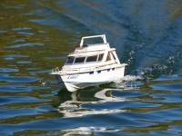 boat-float-2012-04